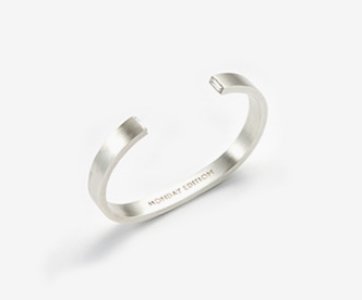 Hidden Crystal Silver Bangle
