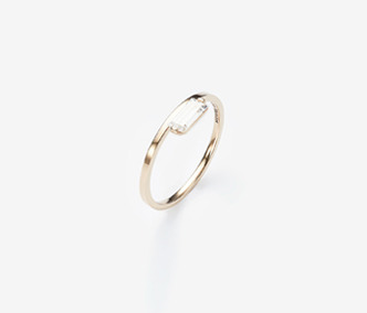 [PRECIOUS] Baguette Stud Cubic Ring (15%off)