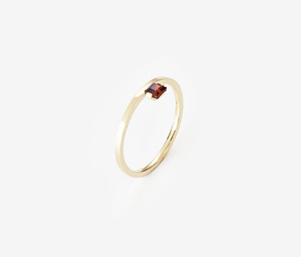 Birthstone Ring Garnet - January