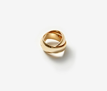 [Monday Edition] Bold Mobius Ring