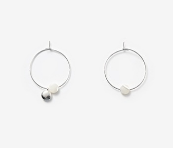 [usual ME] Tiny Pebble & Seashell Earrings (15%off)